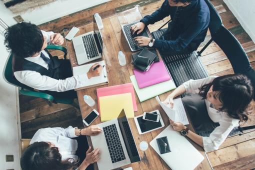 ホームページ制作における職種とその役割